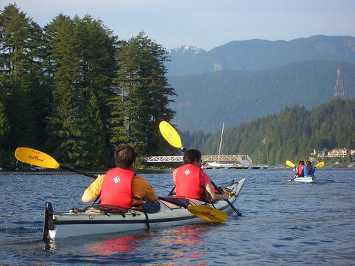kayak-deep-cove.jpg